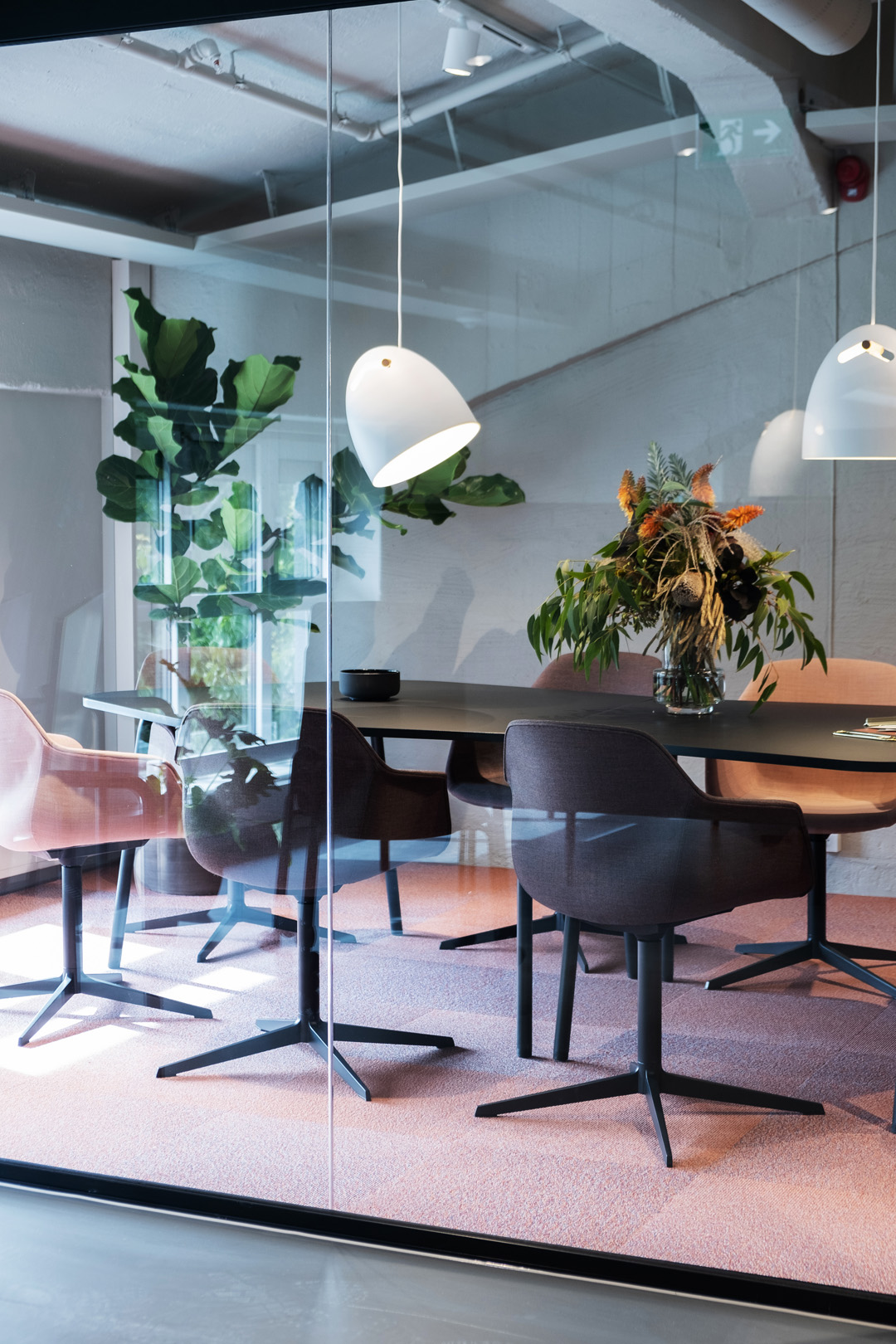 neutral office toned design